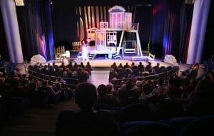 Teater & Vin hos Teater Momentum